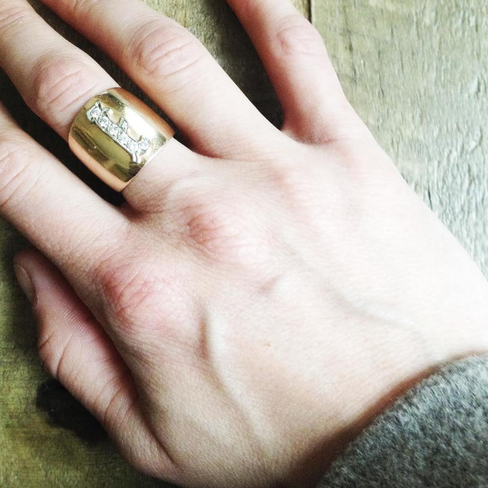 Grandma Isabel's Ring | Photo: Eva Deitch