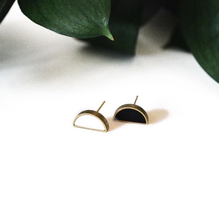 Cold Gold  Alaina Smith, owner/maker/designer of Cold Gold uses clean lines and organic geometry to convey a simple and refined design aesthetic...the products are meant for daily use and their timeless style can be worn into the future.