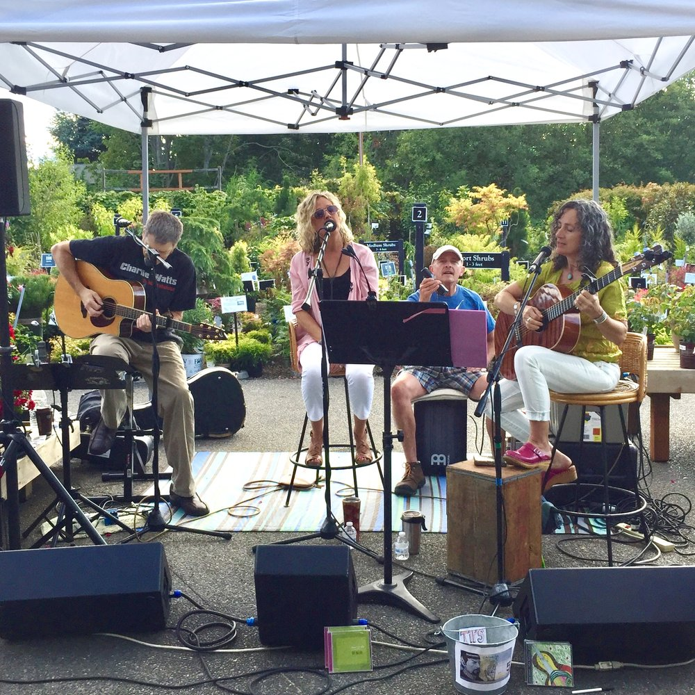 The Madrona Sisters performing at Ladies' Night Out