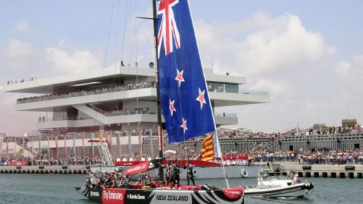 Team New Zealand departing America's Cup port Valencia, 2007.