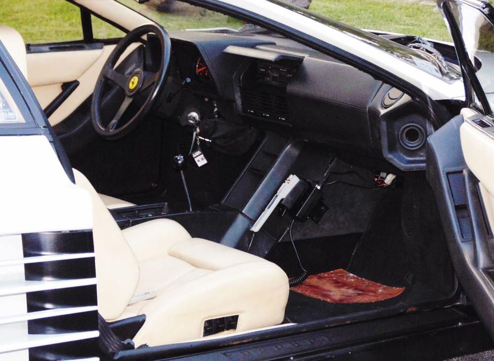 1986-ferrari-testarossa-from-miami-vice--image-via-ebay-motors_100494861_h.jpg