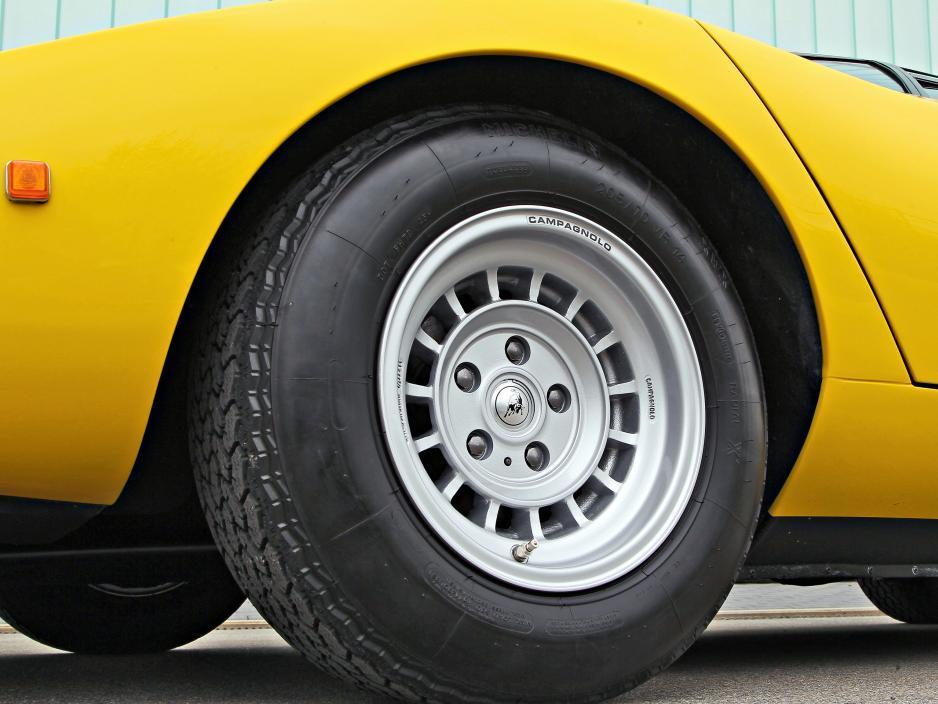 Classic-Cars-Vergleich-Bilder-Lamborghini-Countach-LP400-1975-006.jpg