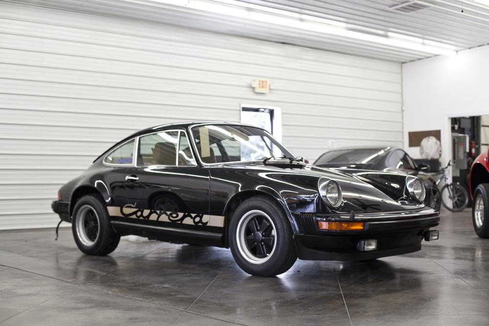 1975 Porsche 911 Carrera Black