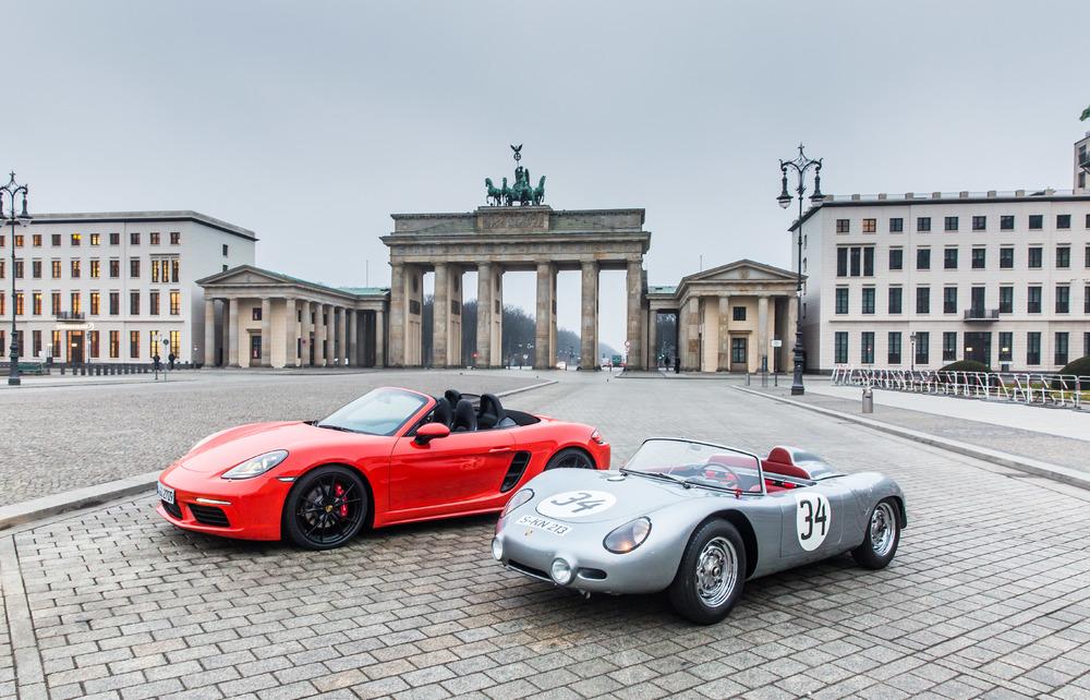 Porsche Debuts 718 Boxster
