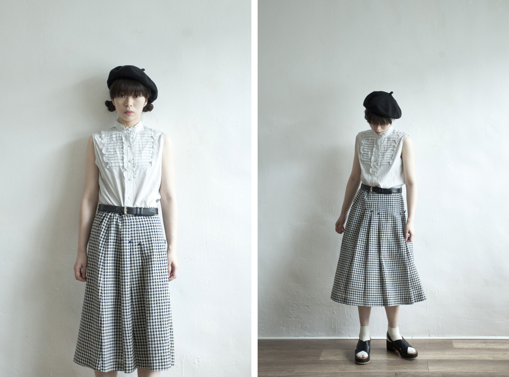 NBV4963 mori b/w checkers knife pleats skirt   pprice: HK$228 / NT$980   made in japan    也在賣 \\ 上衣 \ 帽子 \ 鞋子