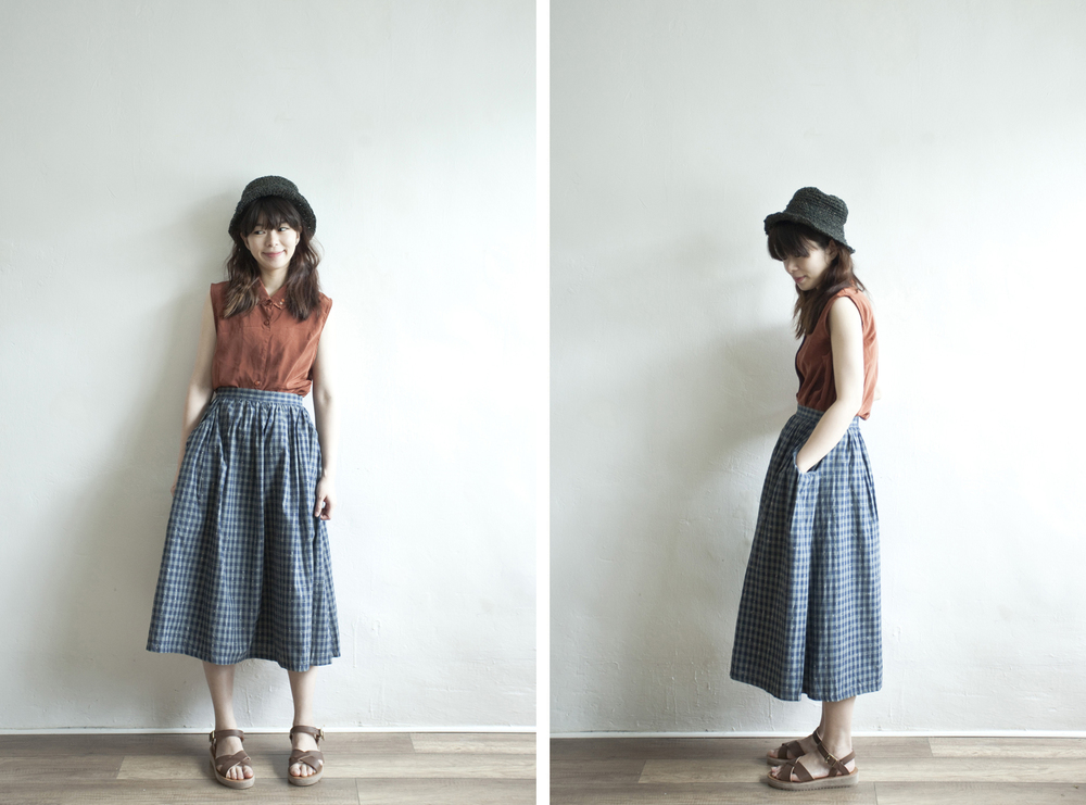NBV4956 sapha cotton linen mixed blue checkers skirt   price: HK$278 / NT$1200   handpicked in korea    也在賣 \\ 上衣 \ 帽子 \ 鞋子