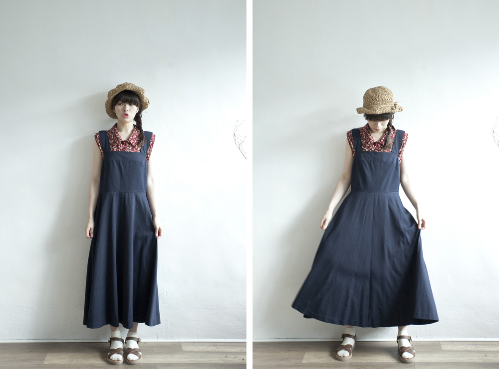 NBV4998 claudia dark navy strap flare dress   price: HK$278 / NT$1200   handpicked in korea    也在賣 \\ 上衣 \ 帽子 \ 鞋子