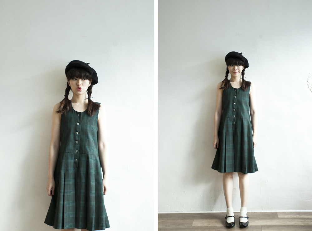 NBV4919 lenxie green plaids strap pleats dress   price: HK$298 / NT$1280   handpicked in korea    也在賣 \\ 帽子 \ 鞋子
