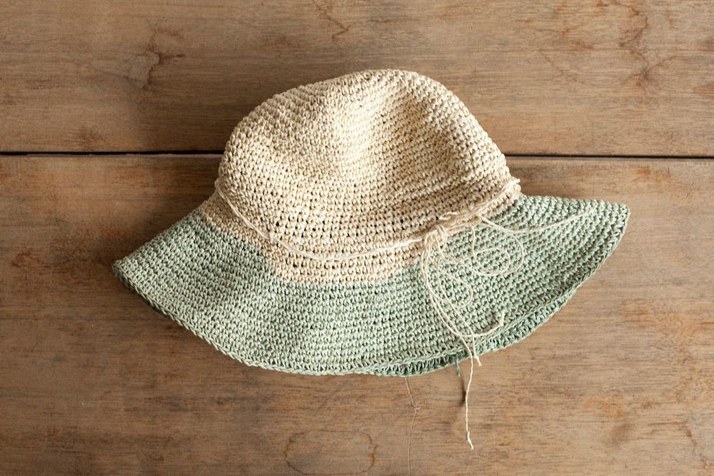 NBV5229 fabumi two tone straw hat price: HK$228 / NT$980 handpicked in korea  head size 57.5cm