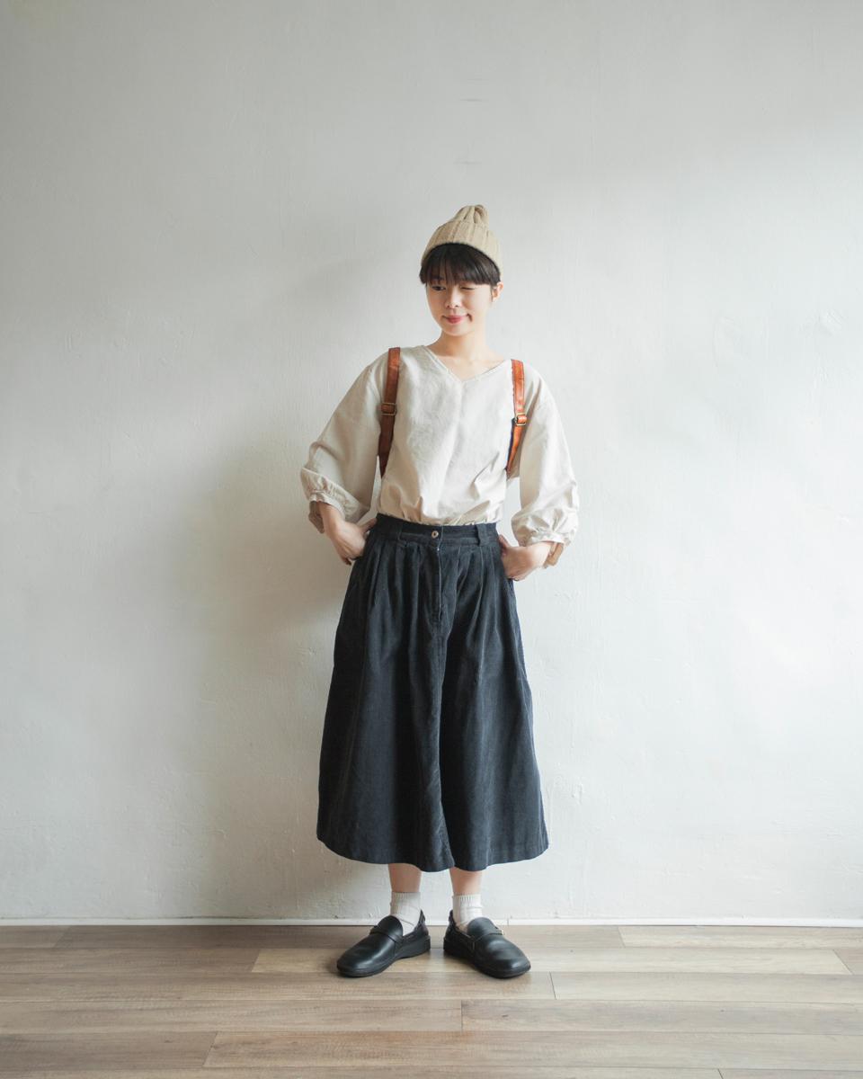NBB262 banding waist corduroy a line skirt | charcoal | HK$348 NT$1430