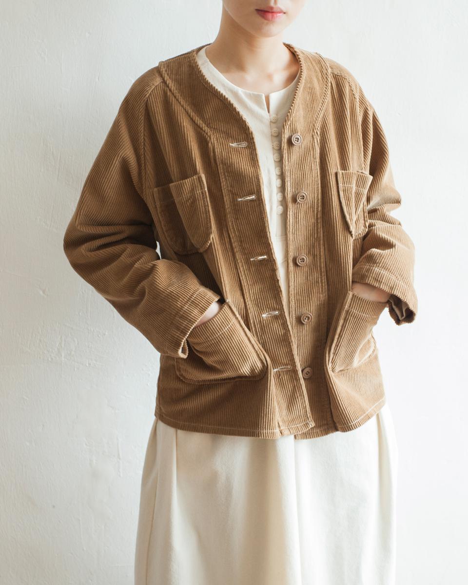 NBU213 v collar soft corduroy jacket | camel | HK$428 NT$1760