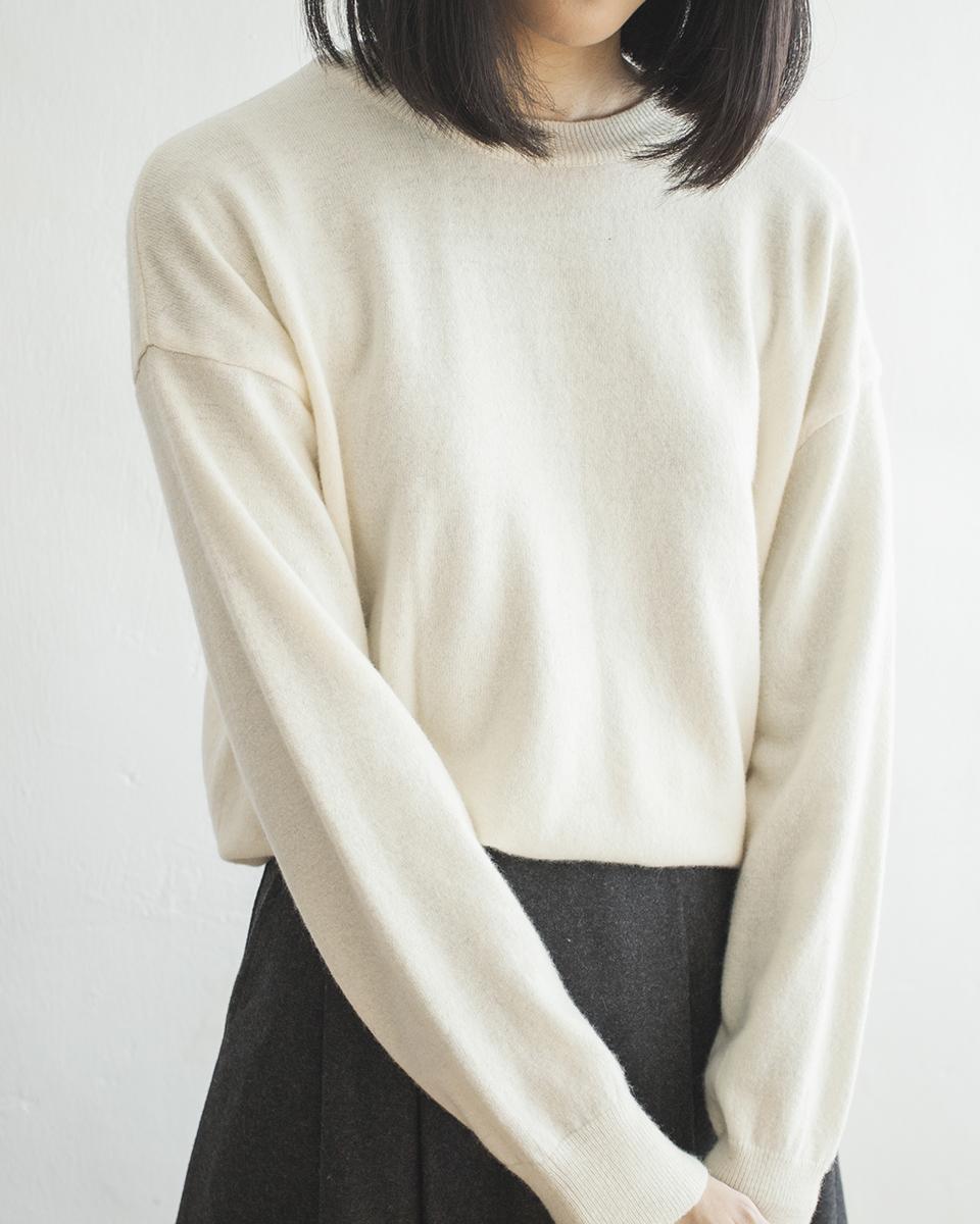 NBT833 minimal cashmere wool mixed sweater | ivory | HK$298 NT$1230