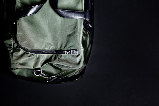 tumi-pack-a-way-series-medium-duffle-2.jpg