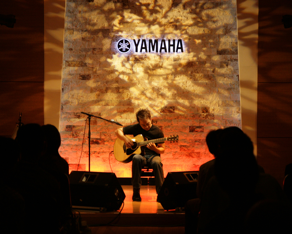 Guitar Clinic at Yamaha Music, Japan