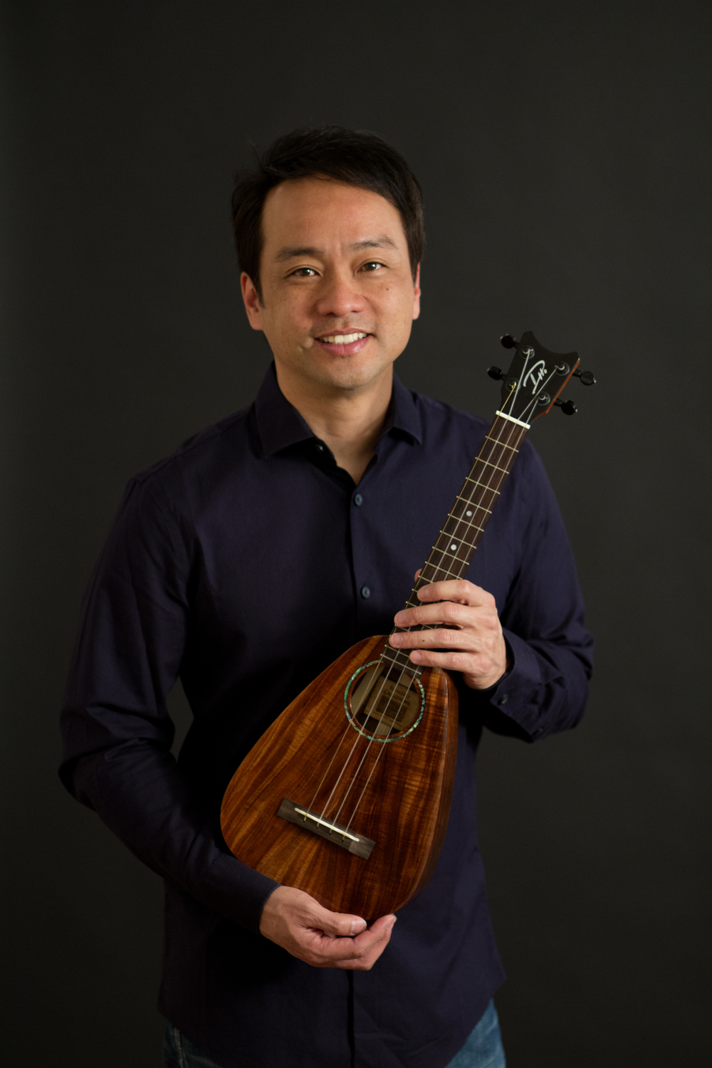 Daniel Ho with Romero Creations Tiny Tenor