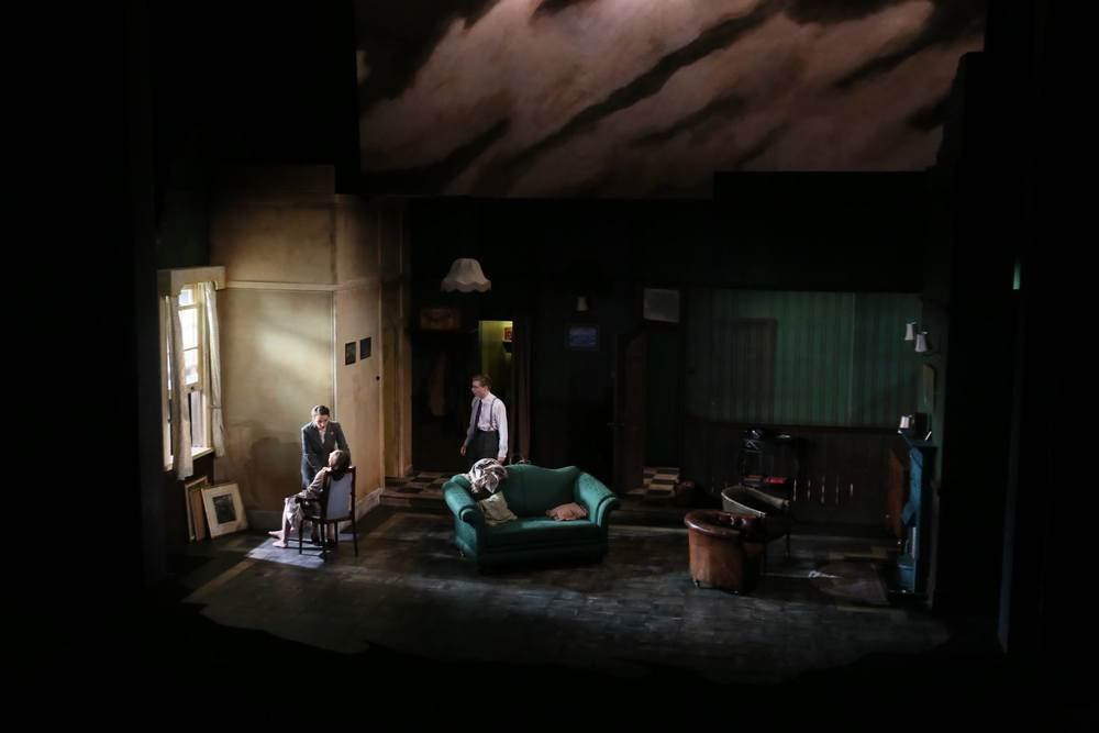 THE DEEP BLUE SEA - EMBASSY THEATRE