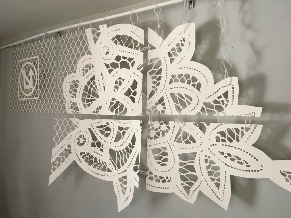 Sample of the lace cut-out transitioning to chainlink pattern.