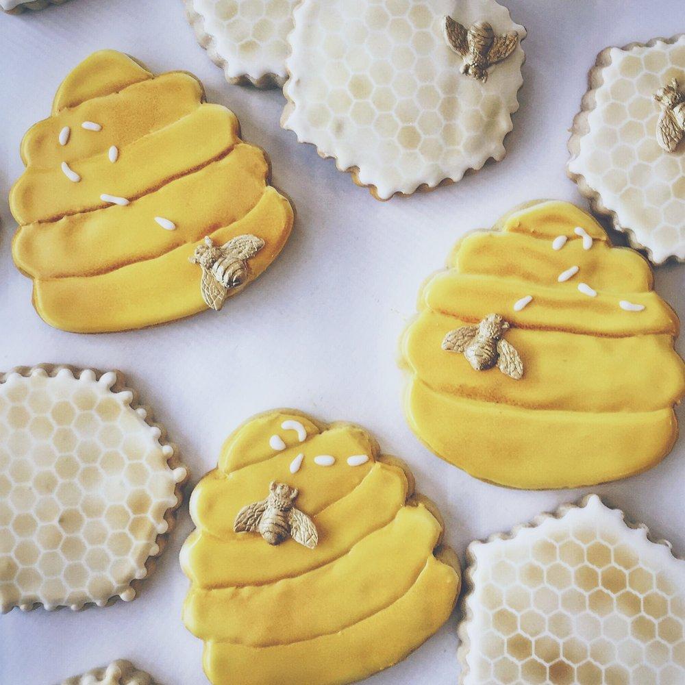 Bee Cookies.jpg