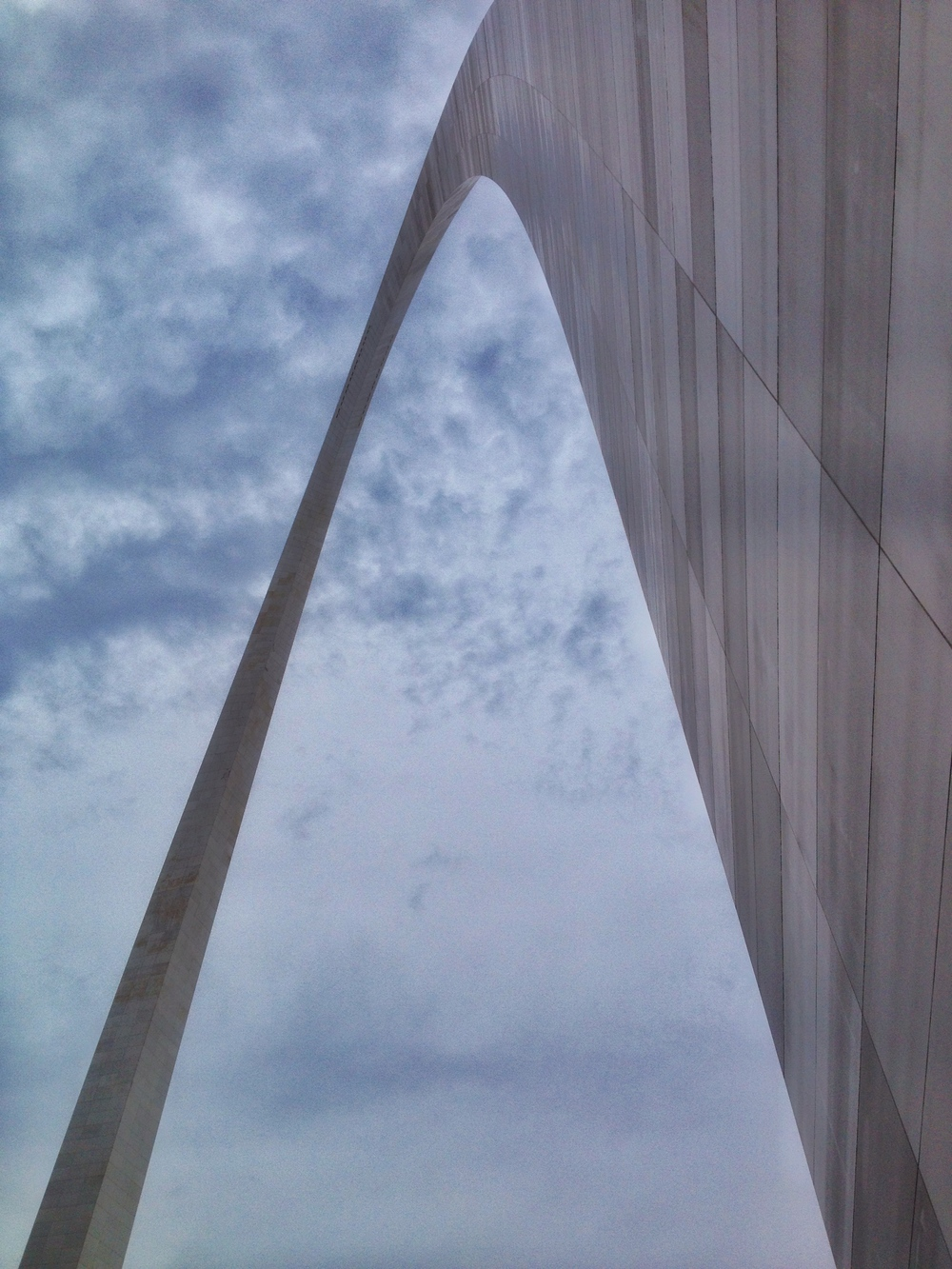 Artsy view of the Arch