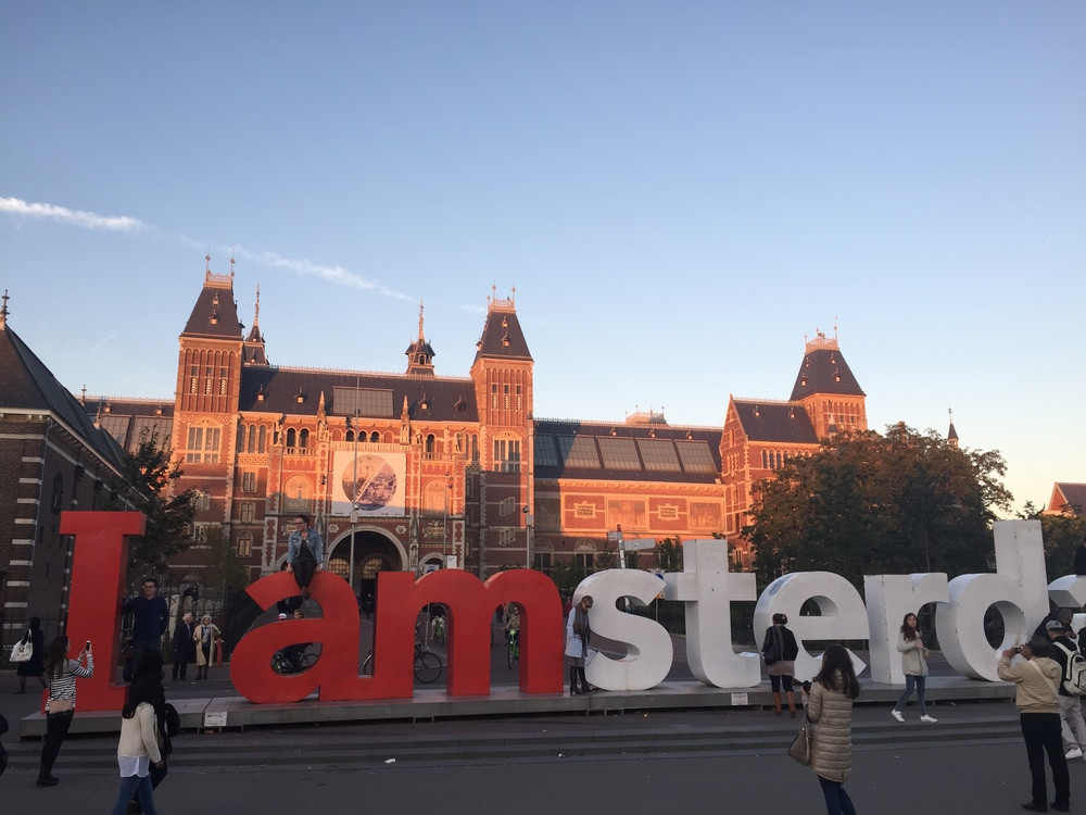 The Iamsterdam sign in from of the Rijksmuseum