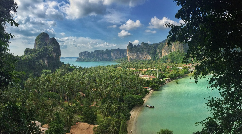 Overlook facing north with East Railay on the right, West Railay on the left near the bay, and Tonsai in the distance near center