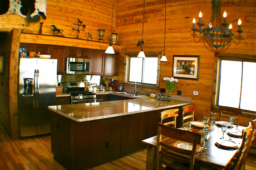 Fishing and hunting cabin in Colorado