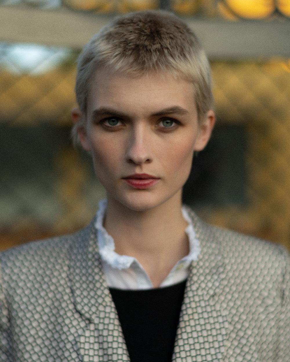 Paris Fashion Week - Lara Mullen