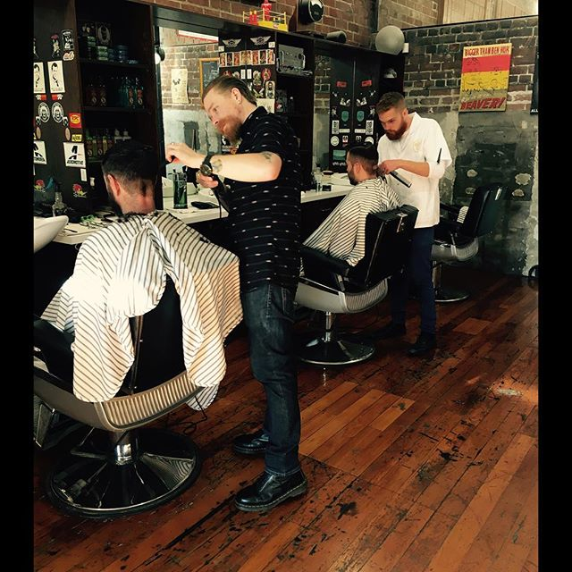 The boys hard at freshening up a couple o lads before the long weekend, don't miss out fella's.... #barberlife💈 #barbershop #barber #NCB #newcitybarbers #classic #classiccut #christchurch #haircut #haircutting #haircutformen #oldskool #reuzel #reuzelpomade