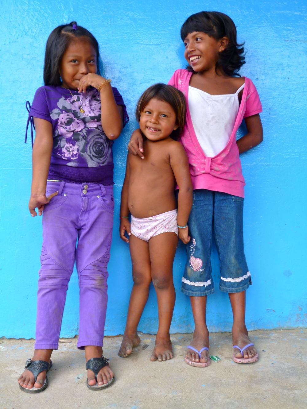 Kuna Indian girls on the San Blas Islands,Panama.