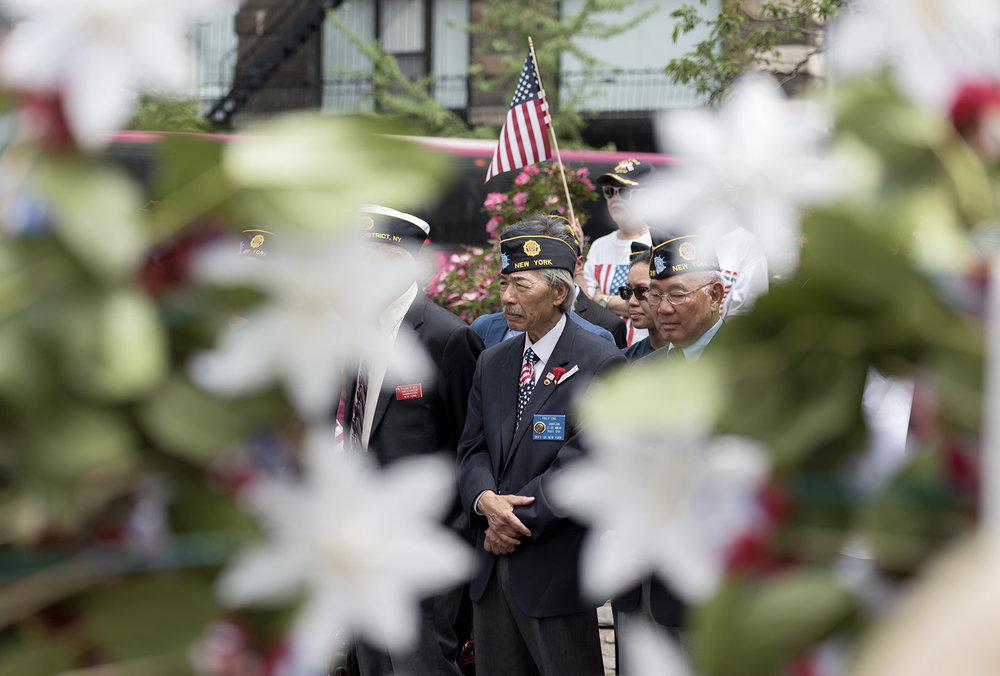 Phil Eng observed Memorial Day, along with other veterans, at Chatham Square in Chinatown.  G-Jun Yam/NYT Institute