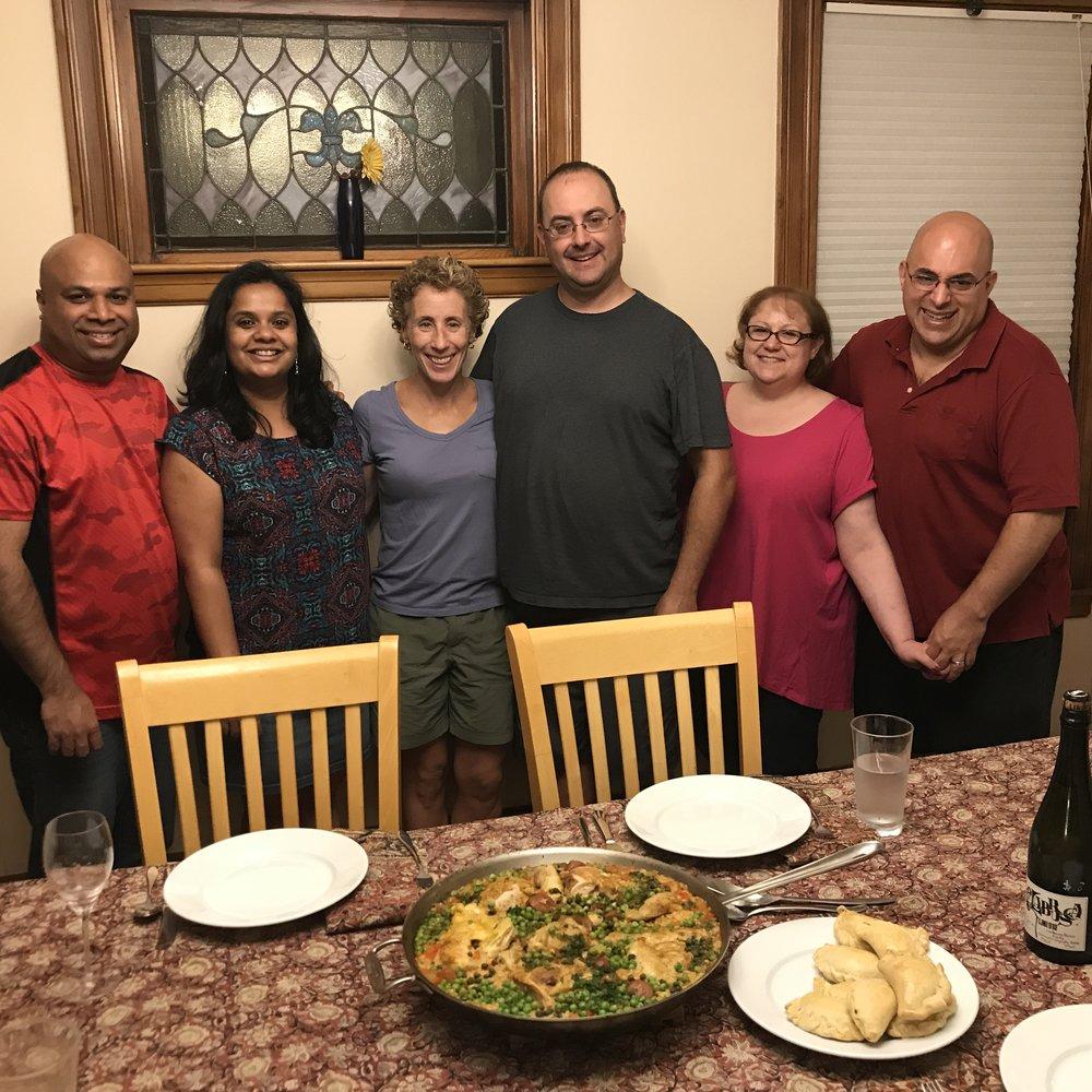 Arroz con pollo, empanadas, Lambrusco