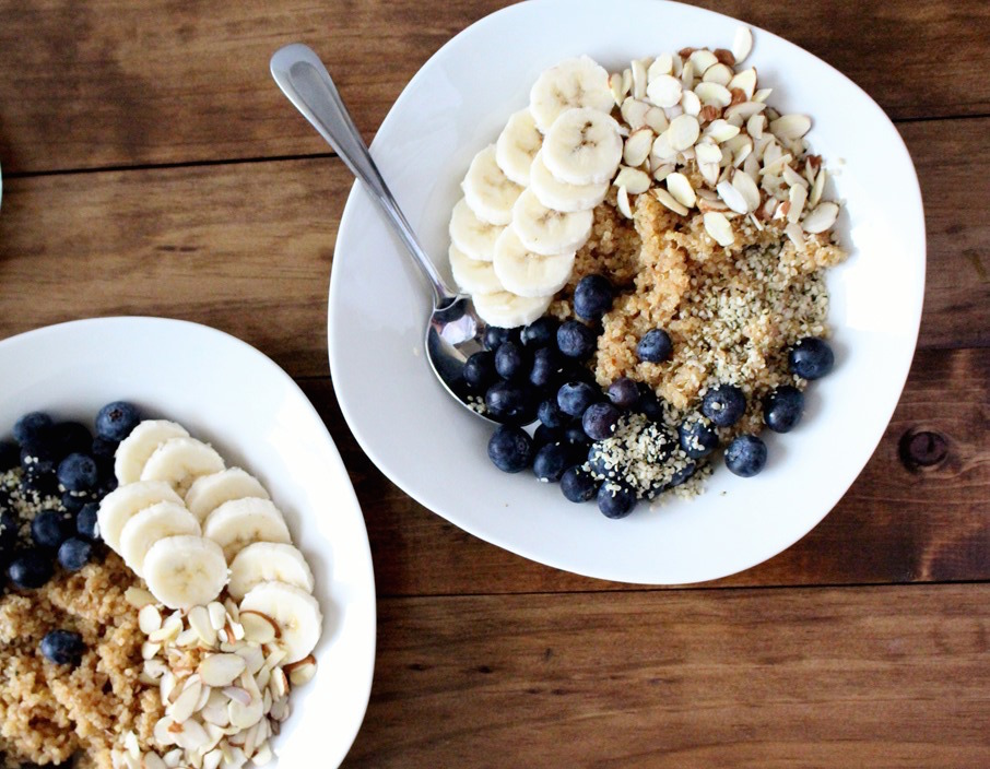 4. Quinoa Breakfast Bowl // See recipe  here .