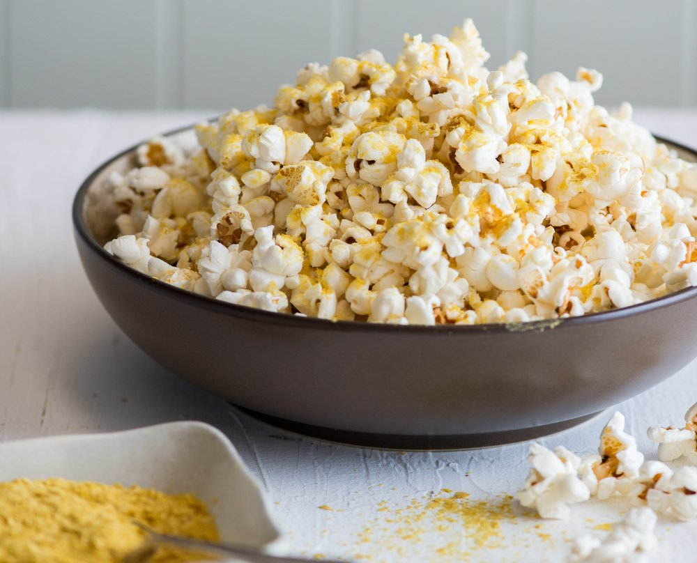 201310-xl-nutritional-yeast-popcorn.jpg