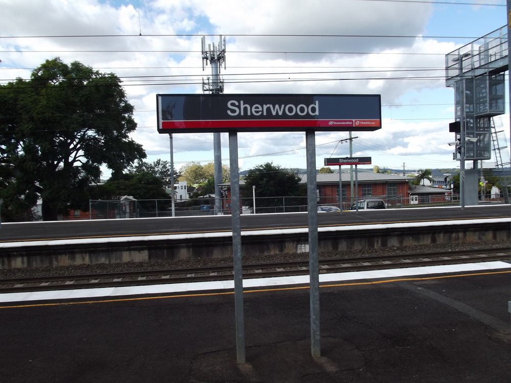 Sherwood_Railway_Station,_Queensland,_May_2012.JPG