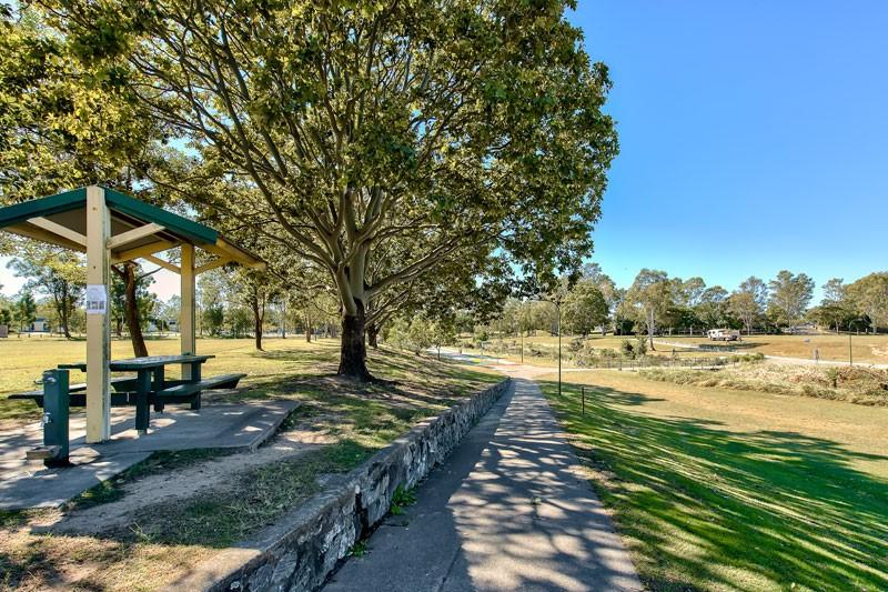 Kedron Park2.jpg