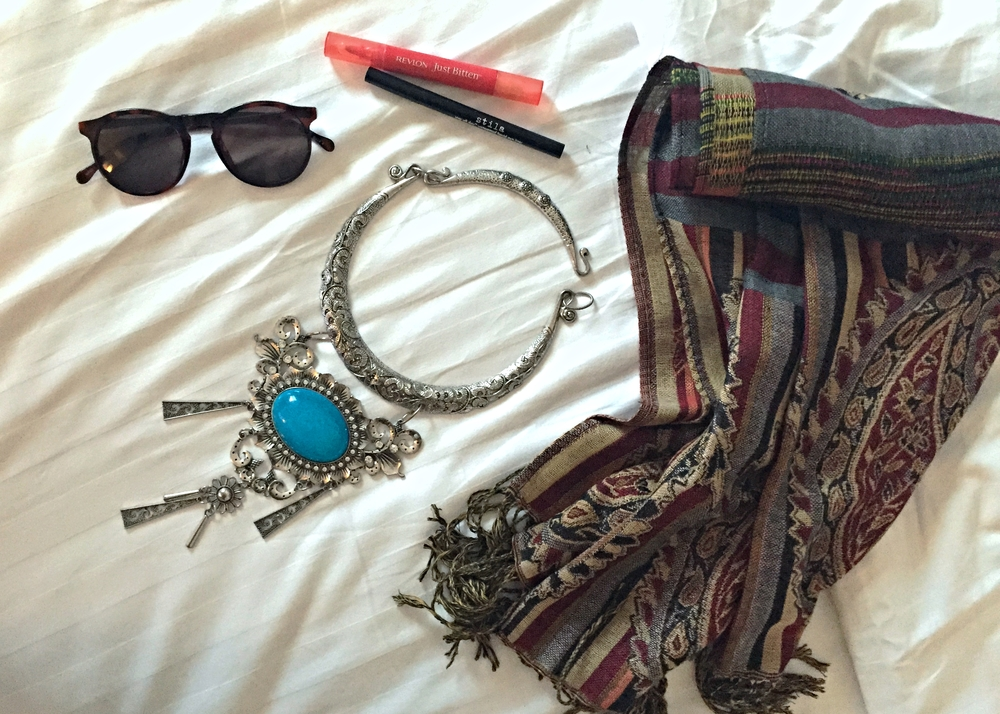 essentials-accessories-luang-prabang