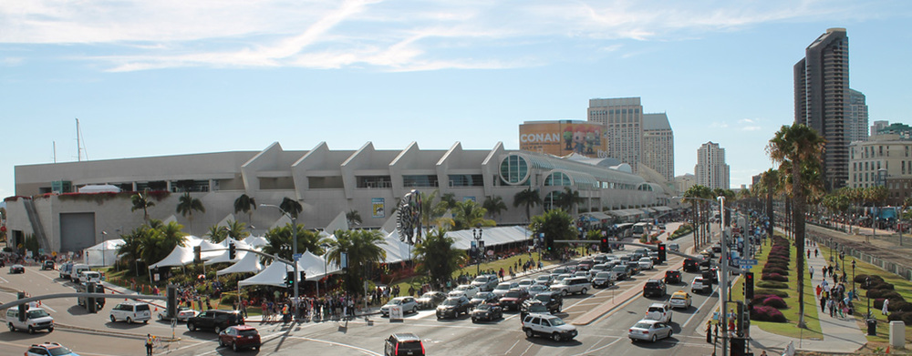 Had a fun +super exhausting3 days atComic-Con. H  ope to be here again next year!!