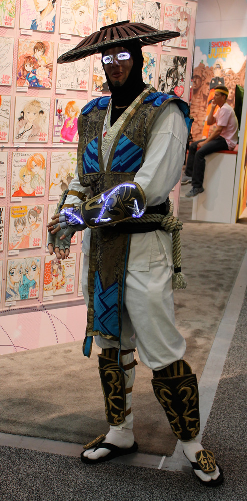 This lit-up  Raiden from Mortal Kombat  was the first legitcosplayer I saw.