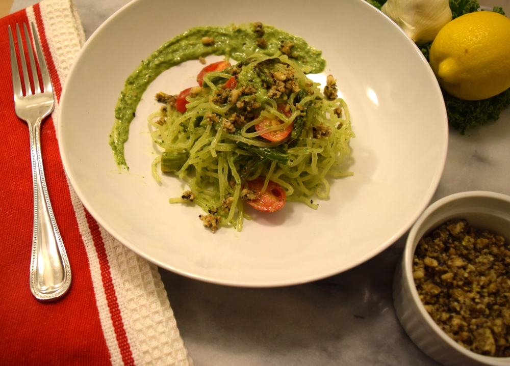 Delicious Vegan Kelp Noodles with Avocado Kale Pesto Recipe