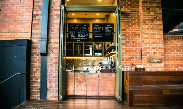 Artista Cafe Interior