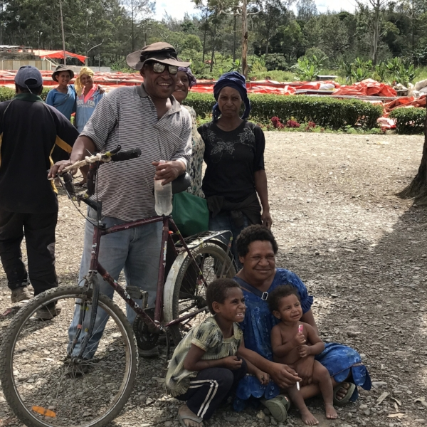 PNG Locals Project Raggiana