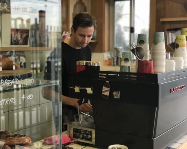 Zest Specialty Cafe Cofezo