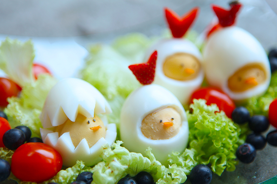 THE CHICKS' GATHERING (VEGETARIAN SALAD)