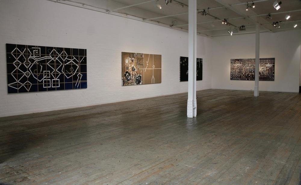 TINA DOUG(installation view) Tina Douglas, holding pattern, 2016LAS holding pattern, 2016 (installation view)