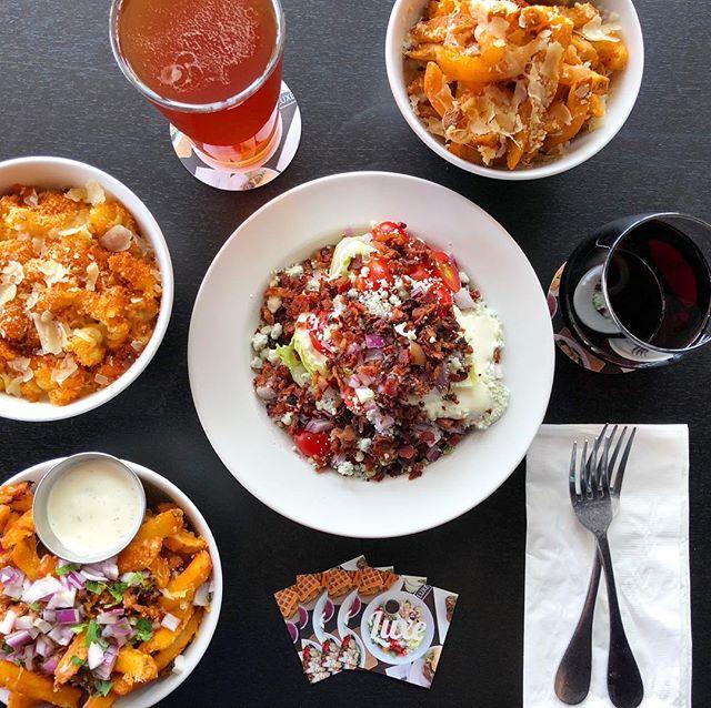 Come see us for Happy Hour!  M-Sa 3pm-6pm  Sun 2pm-9pm • • • •  #luxerestaurant #eatatluxe #luxevanwa #discovervanusa #vanwa #vancouverwa #vancouverwashington #happyhour #summer #delicious #yum