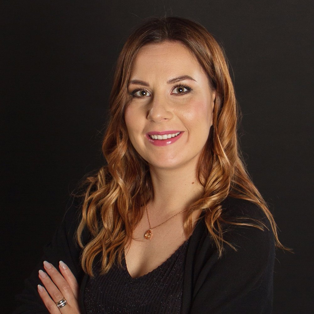 SONJA - Hair & MakeUp Stylist