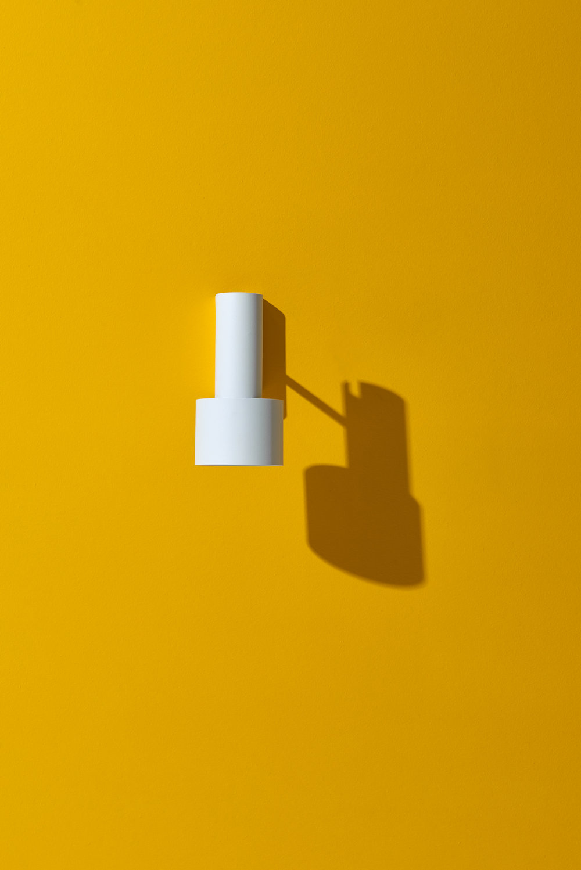 Tangent_Wall_Lamp_Frederik_Kurzweg_Design_Studio_01.jpg