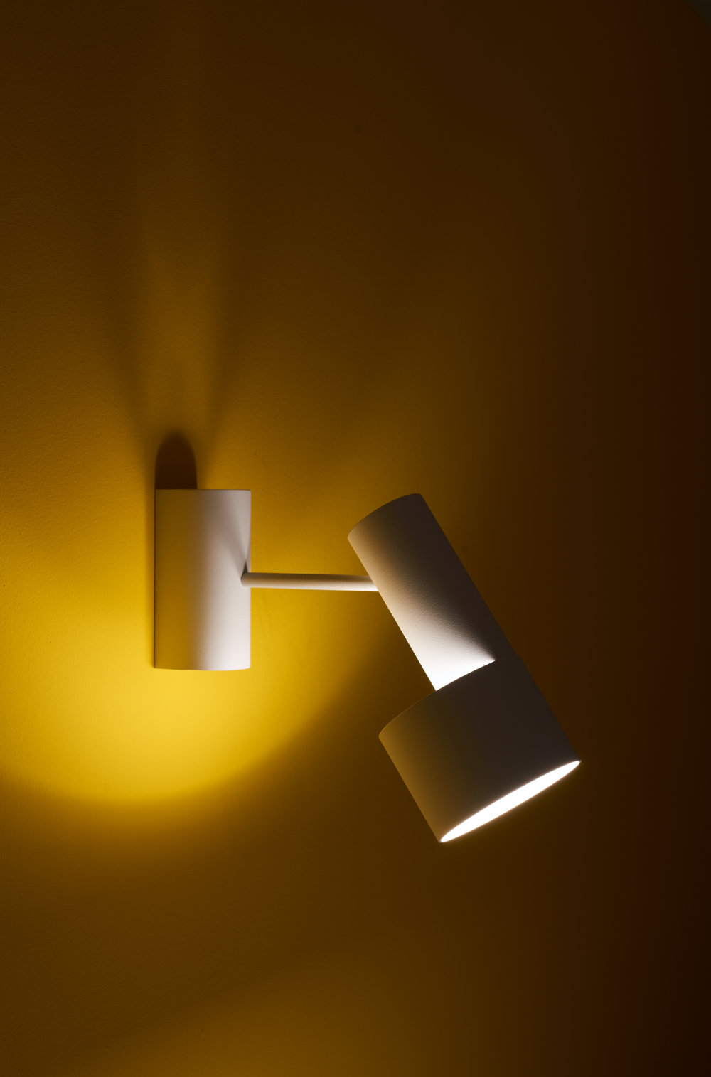 Tangent_Table_Lamp_Frederik_Kurzweg_Design_Studio_07.jpg