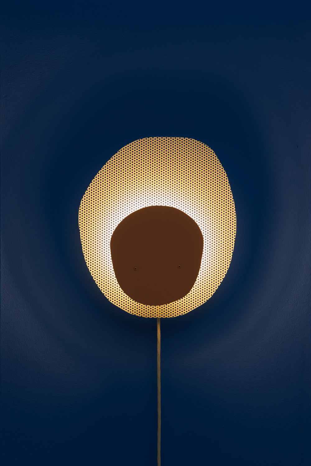 POPPY_Wall_Lamp_Frederik_Kurzweg_Design_Studio_04.jpg