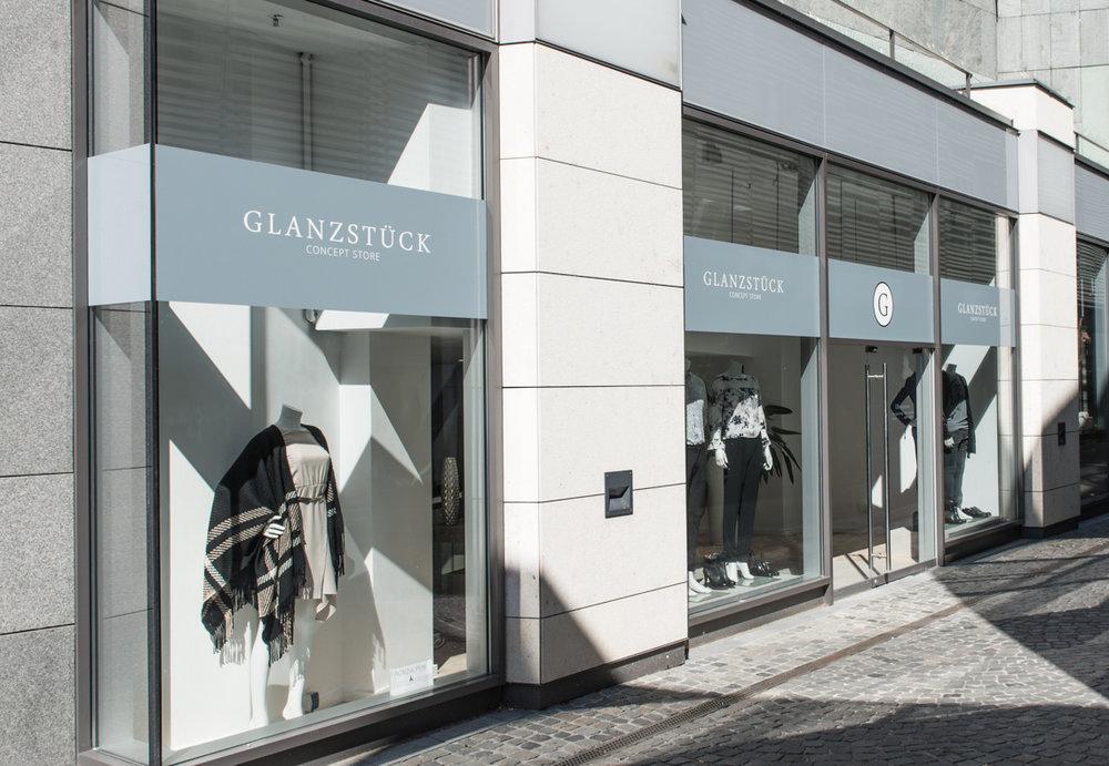 DER CONCEPT STORE IN MAINZ - Montag - Samstag: 10 - 19 UhrKorbgasse 1 -55116 Mainz06131 / 5880334 - info@glanzstueck-mainz.de